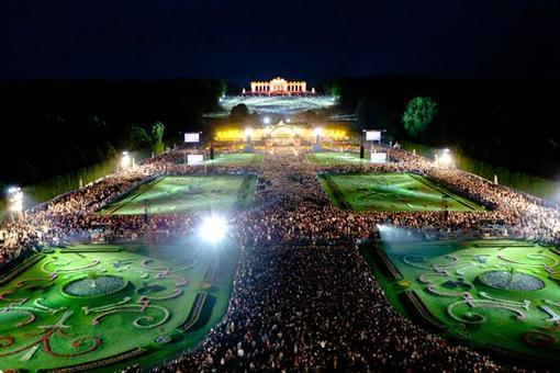 Koncert Nocy Letniej - Schoenbrunn, Austria