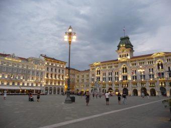 Piazza Unità d'Italia w Trieście