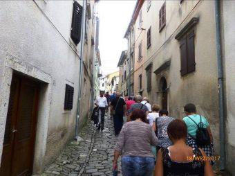 Wąskie uliczki w Motovun - Chorwacja