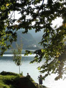 Kościół NMP na wyspie na Jeziorze Bledzkim