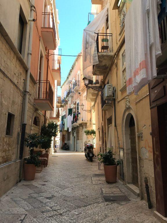 Spacer po uliczkach Bari - Apulia