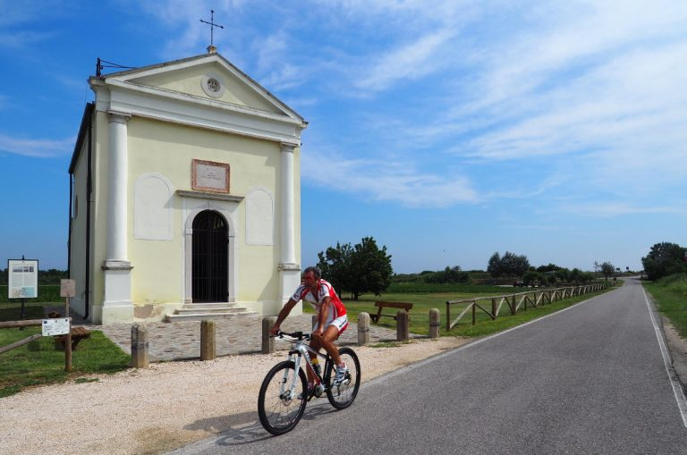Rowerem w okolicach Rosapinety