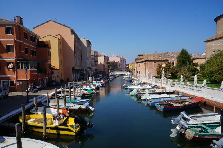 Chioggia - łodzie na Canale Perottolo
