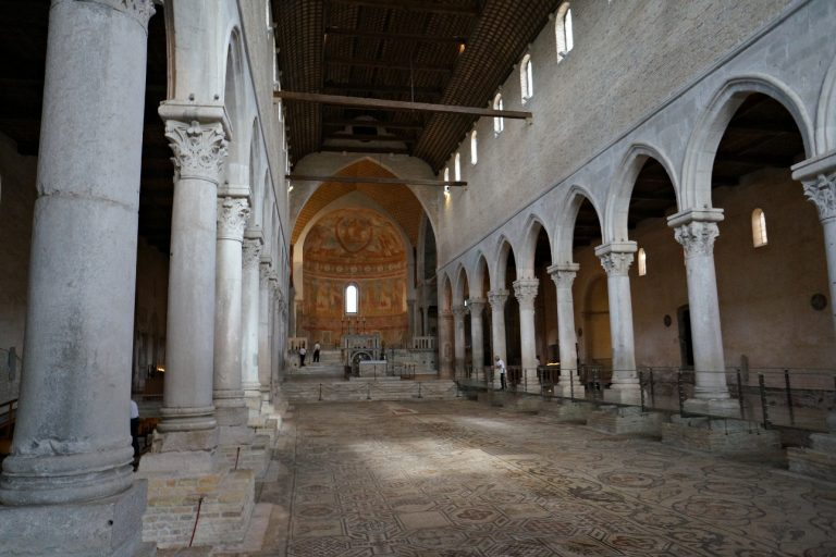 Akwileja - mozaiki w Bazylice Matki Bożej Wniebowziętej #1