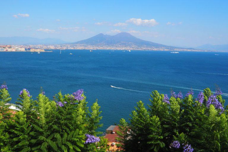 Neapol podnóża Wezuwiusza