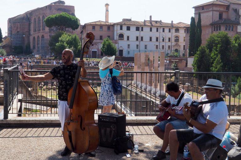 Rzym - w pobliżu Koloseum
